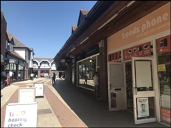 795 SF Shopping Centre Unit for Rent  |  5 Frederick Place, Yeovil, BA20 1EY