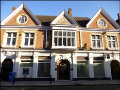 850 SF High Street Shop for Rent  |  Former Banking Hall, Windsor, SL4 6AY