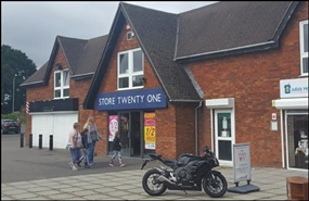 7,937 SF Shopping Centre Unit for Rent  |  Unit B, Creekmoor Shopping Centre, Poole, BH17 7XL