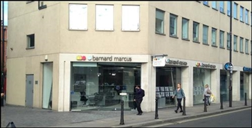 1,174 SF High Street Shop for Rent  |  Fulham Centre, London, SW6 1AA
