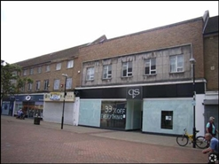 1,324 SF High Street Shop  |  Greywell Shopping Centre, Havant, PO9 5AA
