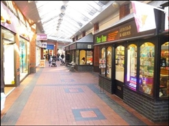 100 SF Shopping Centre Unit for Rent  |  Kiosk E, Cambrian Way Shopping Centre, Carmarthen, SA31 1QN