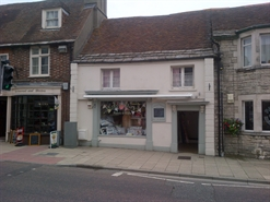 424 SF High Street Shop for Sale  |  19 South Street, Wareham, BH20 4LR