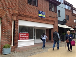 1,350 SF Shopping Centre Unit for Rent  |  St Martins Walk, Dorking, RH4 1UT