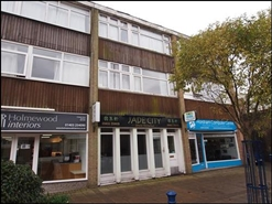 682 SF High Street Shop for Sale  |  8 Queen Street, Horsham, RH13 5AF