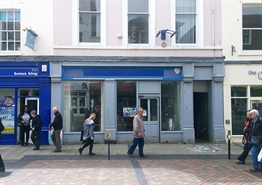 1,349 SF High Street Shop for Rent  |  9 Westgate Street, Gloucester, GL1 2NW
