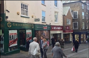 611 SF High Street Shop for Rent  |  9 Silver Street, Durham, DH1 3RB
