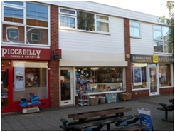 436 SF High Street Shop for Rent  |  15 St Johns Way, Knowle, B93 OLE