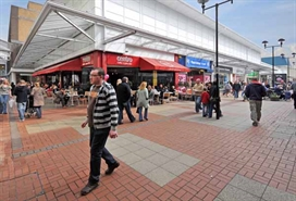 1,137 SF Shopping Centre Unit for Rent  |  30 Staveleigh Mall, Ashton Under Lyne, OL6 7JQ