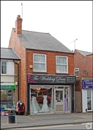 1,113 SF High Street Shop for Sale  |  32 High Street, Kingswinford, DY6 0HB
