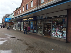 410 SF Shopping Centre Unit for Rent  |  Unit 21d Hildreds Shopping Centre, Skegness, PE25 3NU