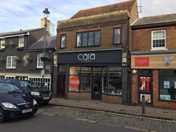 1,056 SF High Street Shop for Rent  |  258 High Street, Berkhamsted, HP4 1AQ