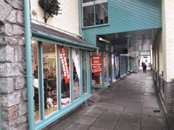 514 SF High Street Shop for Rent  |  Unit 3, Penny Lane, Old Mason's Yard, Cowbridge, CF71 7EG