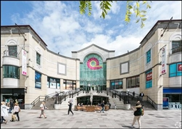 586 SF Shopping Centre Unit for Rent  |  Unit 30, Queens Arcade Shopping Centre, Cardiff, CF10 2BY