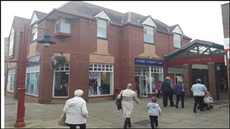 1,664 SF Shopping Centre Unit for Rent  |  Unit 6, Foundry Walk Centre, Daventry, NN11 4PN