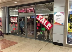 1,427 SF Shopping Centre Unit for Rent  |  Unit 58, Lewisham Shopping Centre, Lewisham, SE13 7HB
