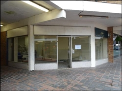 910 SF Shopping Centre Unit for Rent  |  13, Market Square, Cradley Heath, B64 5HH