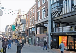 588 SF High Street Shop for Rent | 16 Eastgate Street, Chester, CH1 1LE