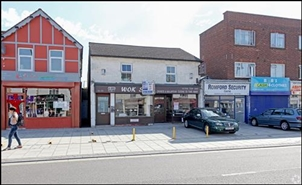 894 SF High Street Shop for Rent  |  36 - 38 Victoria Road, Romford, RM1 2JH