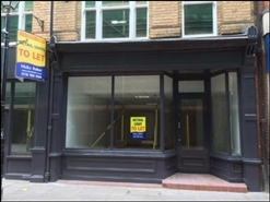 673 SF High Street Shop for Rent  |  4 Cross Street, Reading, RG1 1SN