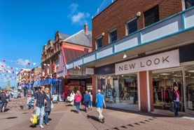 246 SF Shopping Centre Unit for Rent  |  Unit 27-28 White Rose Centre, Rhyl, LL18 1EW