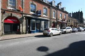 863 SF High Street Shop for Rent  |  27 High Street, Shaftesbury, SP7 8JE