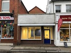 868 SF High Street Shop for Sale  |  10 Christchurch Road, Ringwood, BH24 1DN