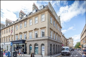 976 SF High Street Shop for Rent  |  21 Old Bond Street, Bath, BA1 2LA