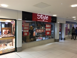 692 SF Shopping Centre Unit for Rent  |  2 Market Way Unit 145 The Mall, Blackburn, BB1 5AF