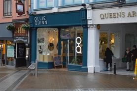 725 SF High Street Shop for Rent  |  72 Briggate, Leeds, LS1 6LH