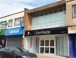 1,062 SF High Street Shop for Rent  |  9 East Street, Southampton, SO14 3HE