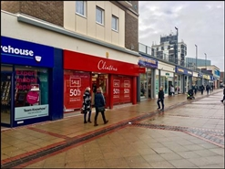 1,961 SF Shopping Centre Unit for Rent  |  35A Corporation Street, Corby, NN17 1NU