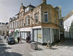 1,154 SF High Street Shop for Rent  |  39/41 BANK STREET, NEWQUAY, TR7 1DJ