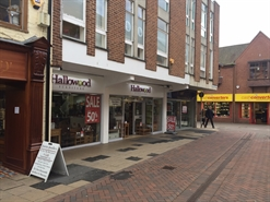 815 SF High Street Shop for Rent | 25 The Shambles, Worcester, WR1 2RA