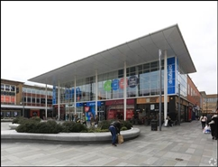 870 SF Shopping Centre Unit for Rent  |  Unit 5, The Pavilion, Crawley, RH10 1HA