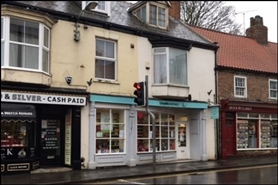 924 SF High Street Shop for Rent  |  4 Market Place, Hornsea, HU18 1AW