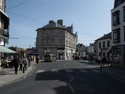 942 SF High Street Shop for Rent  |  15 High Street, Swanage, BH19 2NT
