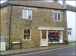 530 SF High Street Shop for Sale  |  2 Bailey Hill, Castle Cary, BA7 7AD