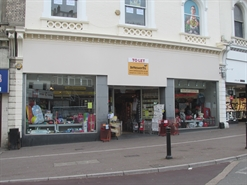 1,289 SF High Street Shop for Rent  |  34 Fleet Street, Torquay, TQ2 5DJ