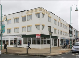 594 SF High Street Shop for Rent  |  Unit 1, Gosport, PO13 9LL