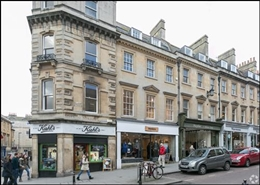 676 SF High Street Shop for Rent  |  2 Milsom Street, Bath, BA1 1DA