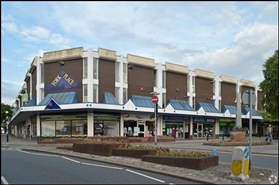 586 SF Shopping Centre Unit for Rent  |  8 - 14 Astley Walk, Newcastle Under Lyme, ST5 2AH