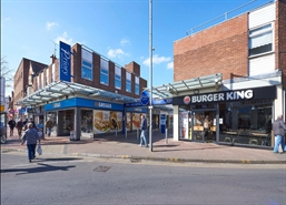 2,969 SF Shopping Centre Unit for Rent  |  27-28 The Priory Centre, Worksop, S80 1JR