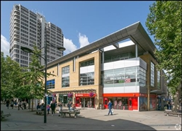 2,873 SF Shopping Centre Unit for Rent  |  Unit 3, The Lock, Swindon, SN1 1LD