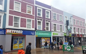 1,106 SF High Street Shop for Rent  |  208 High Street, Sutton, SM1 1NU