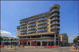 5,826 SF Shopping Centre Unit for Rent  |  Unit 56, The Centre, Feltham, TW13 4GU