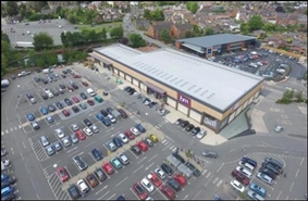1,890 SF Out of Town Shop for Rent  |  Unit 2a, Welshpool, SY21 7BL