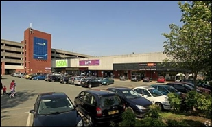 1,687 SF Shopping Centre Unit for Rent  |  Unit 4 Hale Top West, Wythenshawe, M22 5RB
