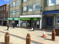 1,292 SF High Street Shop for Rent  |  14 Castle Street, Dudley, DY1 1LF