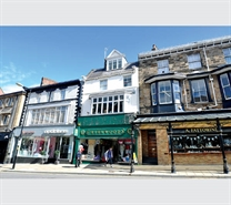 972 SF High Street Shop for Rent  |  14 Parliament Street, Harrogate, HG1 2QZ